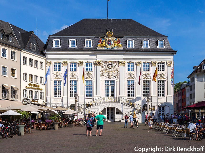 Altes Rathaus, Bonn, Nordrhein-Westfalen, Deutschland, Europa<br /> Old townhall, Bonn, North Rhine-Westphalian, Germany, Europe