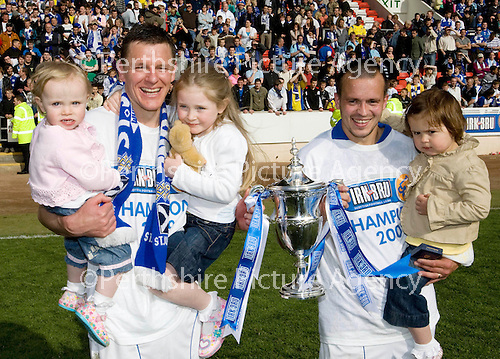 St Johnstone v Morton....02.05.09.Goal scorers Martin Hardie with daughters Eva and Megan and Steven Milne with his daughter Sophie.Picture by Graeme Hart..Copyright Perthshire Picture Agency.Tel: 01738 623350  Mobile: 07990 594431