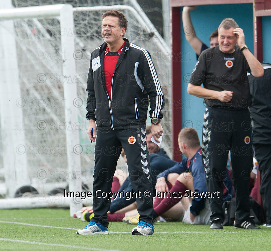 Stenny manager Scott Booth .