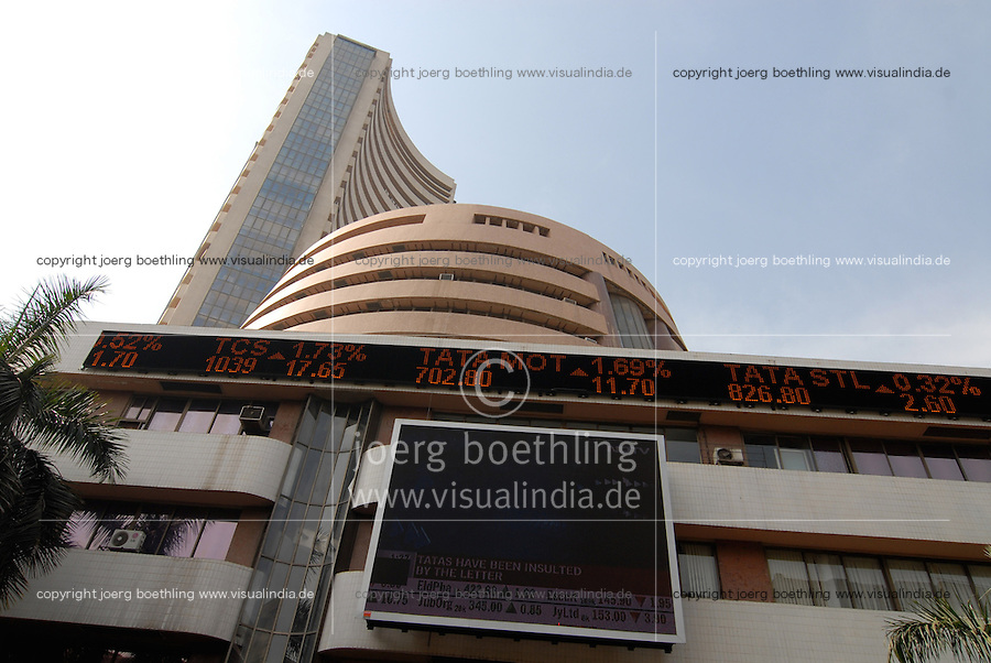 INDIA, Mumbai, stock exchange in Dalal Street, news ticker BSE Bombay Stock Exchange index, notation of TCS Tata Consultancy Service, TATA Motors and TATA Steel / INDIEN, Mumbai, indische Boerse