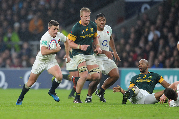 George Ford of England accelerates in space during the Old Mutual Wealth Series match between England and South Africa at Twickenham Stadium on Saturday 12th November 2016 (Photo by Rob Munro)