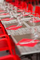 France, Aquitaine, Pyrénées-Atlantiques, Pays Basque, Espelette:  terrasse de restaurant pendant la fête du piment d'Espelette/  France, Pyrenees Atlantiques, Basque Country, Espelette: Restaurant terrace  during Espelette pepper festival