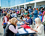 LAUREL, MARYLAND - OCTOBER 22: Fans ahndicap races on Maryland Million Day at Laurel Park on October 22, 2016 in Laurel, Maryland. (Photo by Scott Serio/Eclipse Sportswire/Getty Images)