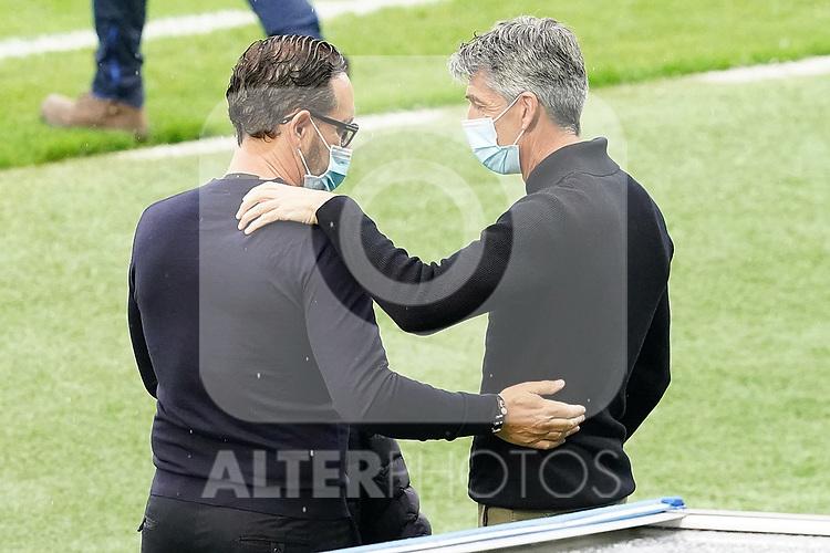 Real Sociedad's coach Imanol Alguacil (r) and Getafe CF's coach Jose Bordalas during La Liga match. October 3, 2020. (ALTERPHOTOS/Acero)