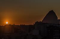 Rio de Janeiro (RJ), 20/02/2020 - Clima-Rio - Amanhecer desta quinta-feira, (20), vista do bairro das Laranjeiras, zona sul. (Foto: Ellan Lustosa/Codigo 19/Codigo 19)