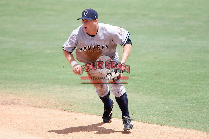 July 12, 2009:  Second Baseman David Adams of the Tampa Yankees during a game at Dunedin Stadium in Dunedin, FL.  Tampa is the Florida State League High-A affiliate of the New York Yankees.  Photo By Mike Janes/Four Seam Images