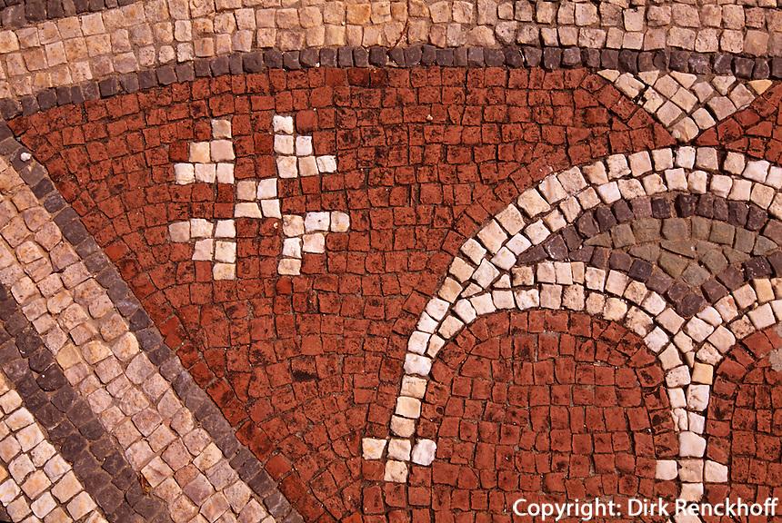Zypern (Nord), Agias Trias bei Sipahi, Basilikaerbaut 550, Mosaik