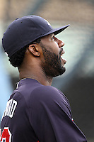 Jason Heyward #22 of the Atlanta Braves before a game against the Los Angeles Dodgers at Dodger Stadium on April 24, 2012 in Los Angeles,California. Los Angeles defeated Baltimore 6-3.(Larry Goren/Four Seam Images)