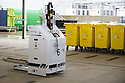 ::  SERCO :: FORTH VALLEY ROYAL HOSPITAL :: ROBOTS, PORTERING & WASTE :: ROBOTS MOVING CLINICAL WASTE ::