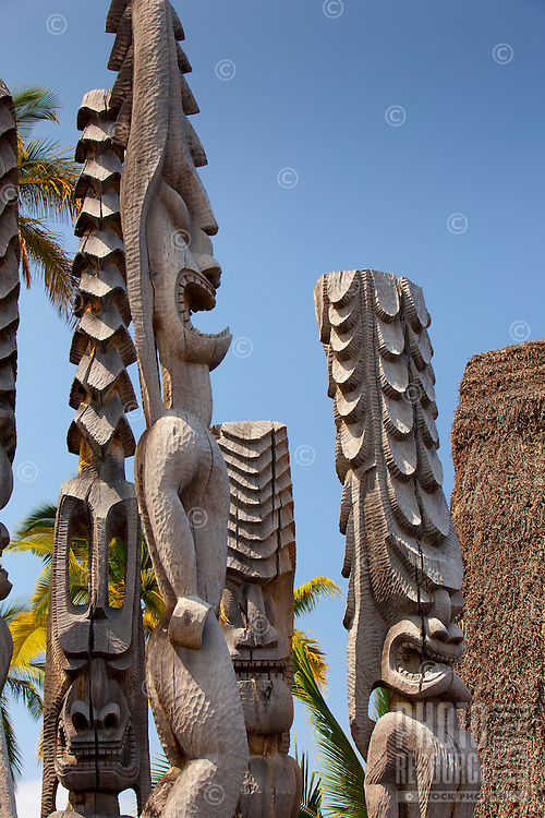 Guardian statues or ki'i in Pu'uhonua o Honaunau National Historical Park (City of Refuge), Big Island.