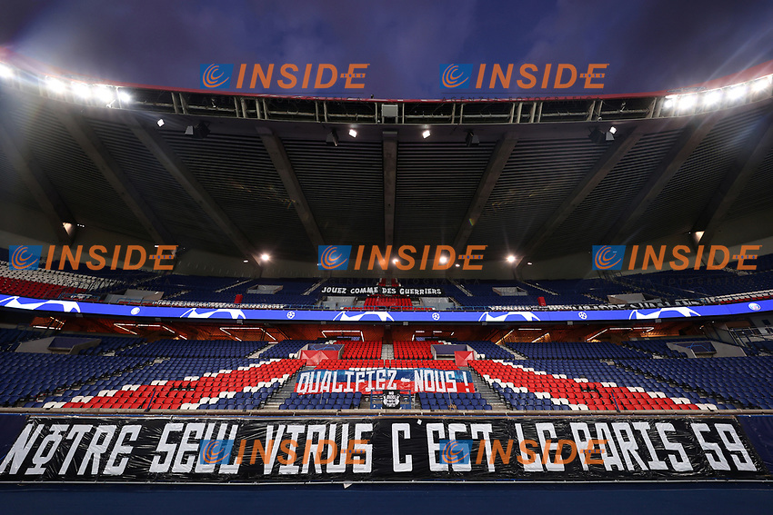 Soccer Football - Champions League - Round of 16 Second Leg - Paris St Germain v Borussia Dortmund - Parc des Princes, Paris, France - March 11, 2020  General view of a banner in reference to coronavirus inside the stadium before the match which will be played behind closed doors as the number of coronavirus cases grow around the world    <br /> Photo Pool/Panoramic/Insidefoto