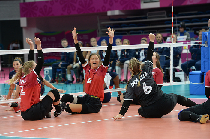 Jennifer Oakes and Angelena Dolezar, Lima 2019 - Sitting Volleyball // Volleyball assis.<br />
