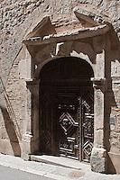 Europe/Europe/France/Midi-Pyrénées/46/Lot/Cahors: Détail vieille porte du XVII éme - rue du chateau du Roi