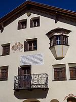 Engadiner Haus in Sent bei Scuol, Unterengadin, Graubünden, Schweiz, Europa<br /> engadine house in Sent, Scuol Valley, Engadine, Grisons, Switzerland