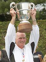 17-6-07, Groenekan, Playoffs Eredivisie Tennis, Captain Fred Hemmes met de beker