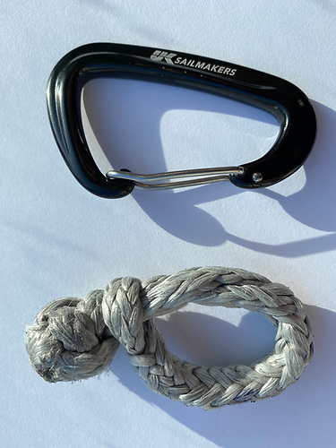 50mm soft shackle and a 70mm carabiner