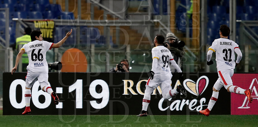 Calcio, Serie A: AS Roma - Benevento, Roma, stadio Olimpico, 11 gennaio 2018.<br /> Benevento's Guilherme celebrates with his teammates  after scoring during the Italian Serie A football match between AS Roma and Benevento at Rome's Olympic stadium, February 11, 2018.<br /> UPDATE IMAGES PRESS/Isabella Bonotto