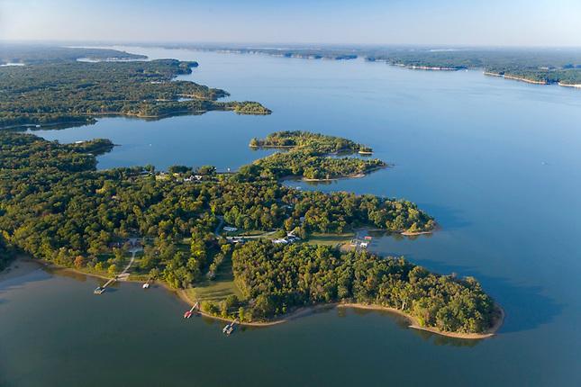 West side of Kentucky Lake