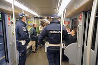 - Milan,  policemen in the security service on Metro Line 2....- Milano, vigili urbani in servizio di sicurezza sulla linea 2 della Metropolitana