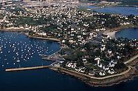 Europe/France/Bretagne/56/Morbihan/Presqu'île de Rhuys/Port Navalo: Vue aérienne du port