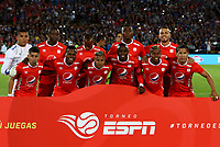 BOGOTÁ-COLOMBIA, 12-01-2020: Jugadores de América de Cali, posan para una foto, antes de partido entre Millonarios y América de Cali, por el Torneo ESPN 2020, jugado en el estadio Nemesio Camacho El Campin de la ciudad de Bogotá.  / Players of America de Cali, pose for a photo prior a match between Millonarios and America de Cali, for the ESPN Tournament 2020, played at the Nemesio Camacho El Campin stadium in the city of Bogota. Photo: VizzorImage / Luis Ramírez / Staff.