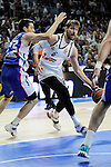 Real Madrid´s Andres Nocioni and Anadolu Efes´s Matt Janning during 2014-15 Euroleague Basketball Playoffs second match between Real Madrid and Anadolu Efes at Palacio de los Deportes stadium in Madrid, Spain. April 17, 2015. (ALTERPHOTOS/Luis Fernandez)