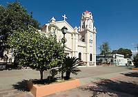 Dominikanische Republik, Kirche in Bani an der Südküste