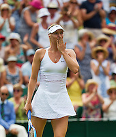 England, London, July 1, 2015, Tennis, Wimbledon, Maria Sharapova (RUS) handwissels the crowd after her win over Hogenkamp (NED)<br /> Photo: Tennisimages/Henk Koster