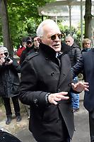 Philippe LABRO arrive au studio Gabriel pour l'enregistrement de 'Vivement Dimanche' - 26/04/2017 - Paris, France