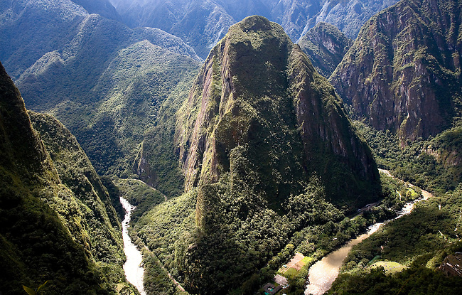 URUBAMBA RIVER FROM THE TOP OF MACHUA PICCHU IN PERU