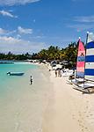 MUS, Mauritius, Grand Baie: Royal Palm Hotel - Strand | MUS, Mauritius, Grand Baie: Royal Palm Hotel - beach