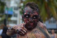 RIO DE JANEIRO, RJ, 02.11.2018 - ZOMBIE-WALK - Zombie Walk na orla de Copacabana, zona sul do Rio de Janeiro (RJ), nesta sexta-feira (2). (Foto: Vanessa Ataliba/Brazil Photo Press)