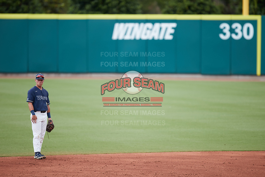 Wingate Bulldogs second baseman McCann Mellett (9) on defense against the Central Missouri Mules during the 2021 DII Baseball National Championship at Coleman Field at the USA Baseball National Training Complex on June 12, 2021 in Cary, North Carolina. The Bulldogs defeated the Mules 5-3. (Brian Westerholt/Four Seam Images)