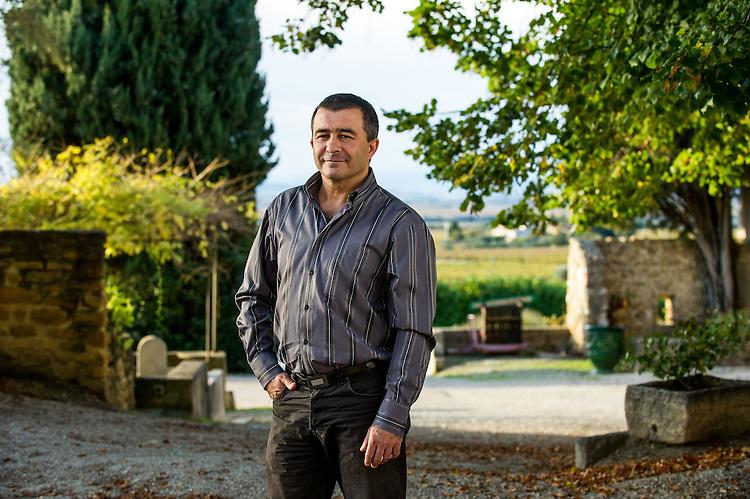 Franck Alexandre, vice-Président Crédit Agricole Alpes-Provence, sur son domaine viticole, les Teyssonnières, à Gigondas (84)