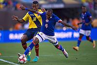 Action photo during the match Ecuador vs Haiti at MetLife Stadium Copa America Centenario 2016. ---Foto  de accion durante el partido Ecuador vs Haiti, En el Estadio MetLife Partido Correspondiante al Grupo - B -  de la Copa America Centenario USA 2016, en la foto: (I)-(D) Antono Valencia, Kim Jaggy<br /> <br /> -- 12/06/2016/MEXSPORT/Javier Ramirez.