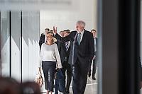 Innenminister Horst Seehofer (rechts im Bild), CSU, nach waehrend einer ausserordentlichen Sitzung der CDU/CSU-Fraktion nachdem es zwischen der CDU und der CSU zum Streit ueber den Umgang mit Fluechtlingen gab. Die Sitzung des Deutschen Bundestag wurde aufgrund dieses Streit auf Antrag der CDU/CSU-Fraktion fuer mehrere Stunden unterbrochen. Die Fraktionen von CDU und CSU tagten getrennt.<br /> Links: Die CSU-Abgeordnete Karin Maag.<br /> 14.6.2018, Berlin<br /> Copyright: Christian-Ditsch.de<br /> [Inhaltsveraendernde Manipulation des Fotos nur nach ausdruecklicher Genehmigung des Fotografen. Vereinbarungen ueber Abtretung von Persoenlichkeitsrechten/Model Release der abgebildeten Person/Personen liegen nicht vor. NO MODEL RELEASE! Nur fuer Redaktionelle Zwecke. Don't publish without copyright Christian-Ditsch.de, Veroeffentlichung nur mit Fotografennennung, sowie gegen Honorar, MwSt. und Beleg. Konto: I N G - D i B a, IBAN DE58500105175400192269, BIC INGDDEFFXXX, Kontakt: post@christian-ditsch.de<br /> Bei der Bearbeitung der Dateiinformationen darf die Urheberkennzeichnung in den EXIF- und  IPTC-Daten nicht entfernt werden, diese sind in digitalen Medien nach ß95c UrhG rechtlich geschuetzt. Der Urhebervermerk wird gemaess ß13 UrhG verlangt.]