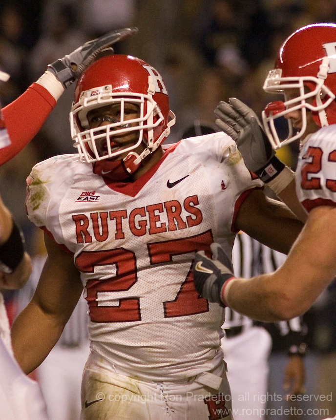 21 October 2006: Rutgers running back Ray Rice (27) gets congratulated after scoring a touchdown..The Rutgers Scarlet Knights defeated the Pitt Panthers 20-10 on October 21, 2006 at Heinz Field, Pittsburgh, Pennsylvania.
