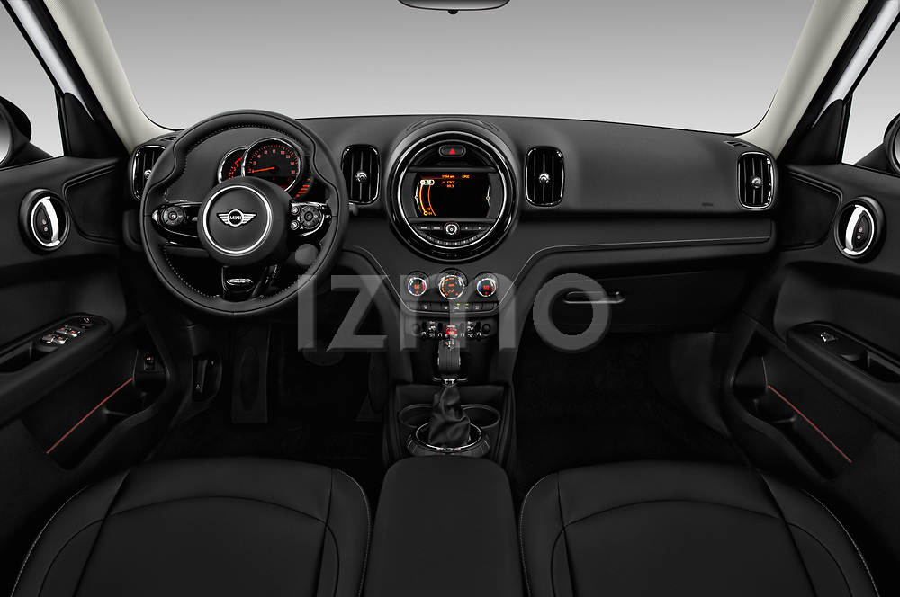 Stock photo of straight dashboard view of 2018 MINI Countryman 5-Door 5 Door Hatchback Dashboard