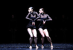 HARK....Choregraphie : GAT Emanuel..Compagnie : Ballet de l Opera National de Paris..Lumiere : GAT Emanuel..Costumes : GAT Emanuel..Avec :..ROMBERG Stephanie..LAMOUREUX Amelie..Lieu : Opera Garnier..Ville : Paris..Le : 28 04 2009..© Laurent PAILLIER / www.photosdedanse.com