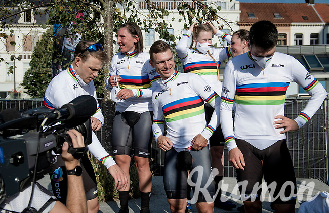 Team Germany just fitted their rainbow jerseys and are about ready to mount the podium<br /> <br /> Mixed Relay TTT <br /> Team Time Trial from Knokke-Heist to Bruges (44.5km)<br /> <br /> UCI Road World Championships - Flanders Belgium 2021<br /> <br /> ©kramon