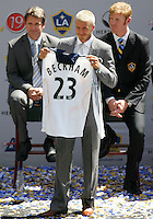 David Beckham at his LA Galaxy press conference, along with Head Coach Frank Yallop (L) and President Alexi Lalas (R) at the Home Depot Center in Carson, California, Friday, July 13, 2007.