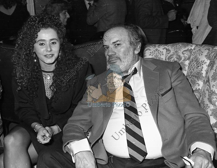 MARIO BREGA <br /> SFILATA ROCCO BAROCCO 1980