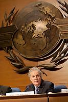 Montreal le 28 septembre 2010, le premier ministre M. Jean Charest participe a la seance inaugurale de la 37e session de l'assemblee de l'Organisation de l'aviation civile internationale OACI // Montreal, September 28, 2010, Premier Jean Charest Attends the Inaugural Session of the 37th Session of the ICAO Assembly<br /> PHOTO :  Agence Quebec presse
