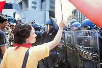 - manifestations against the international G8 summit in Genoa, July 2001....- manifestazioni contro il summit internazionale G8 a Genova nel luglio 2001