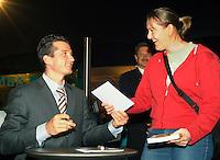 21-2-06, Netherlands, tennis, Rotterdam, ABNAMROWTT, Tournament director and autor richard Krajicek signs his last book
