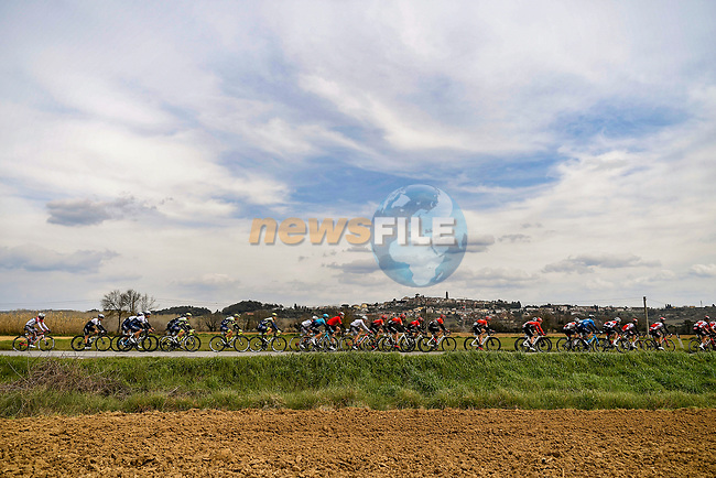 The peloton during Stage 2 of Tirreno-Adriatico Eolo 2021, running 202km from Camaiore to Chiusdino, Italy. 11th March 2021. <br /> Photo: LaPresse/Marco Alpozzi | Cyclefile<br /> <br /> All photos usage must carry mandatory copyright credit (© Cyclefile | LaPresse/Marco Alpozzi)