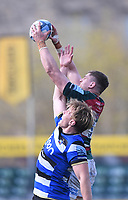 18th April 2021 2021; Recreation Ground, Bath, Somerset, England; English Premiership Rugby, Bath versus Leicester Tigers; Calum Green of Leicester Tigers wins the lineout ball under pressure from Josh McNally of Bath
