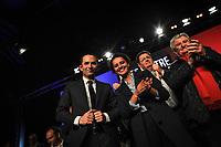 Meeting de Benoit Hamon ‡ l'Astroballe ‡ Villeurbanne, le 11/04/2017, en prÈsence du Maire de Villeurbanne, du trÈsorier du Parti Socialiste et de la Ministre de l'Education Nationale, Najat Vallaud-Belkacem. 4500 personnes prÈsentent selon les organisateurs.
