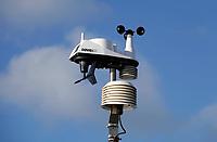 Nederland  Westzaan-  2020.   Luchtmeetstation. Hier wordt de luchtkwaliteit gemeten in opdracht van het Havenbedrijf Amsterdam.   Foto : ANP/ HH / Berlinda van Dam