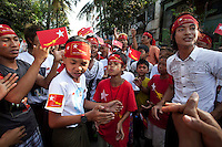 Supporters of National League for Democracy (NLD), the opposition party in Myanmar, protest during the last day of politic campaign in Yangon, Myanmar, 27 March 2012. Photo Insidefoto / Yedra Vargas / Anatomica Press